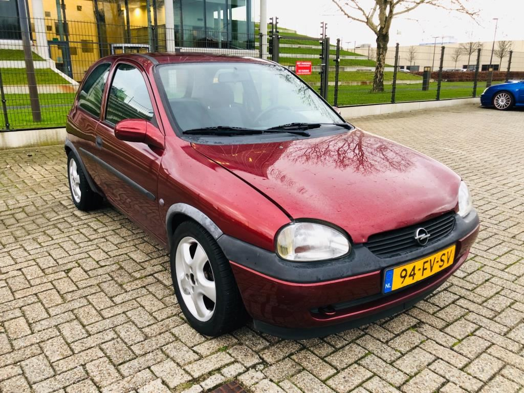 Opel Corsa occasion - Hogeland Occasions