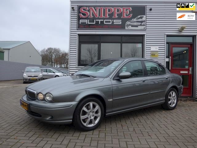 Jaguar X-type 2.0 V6 Business Edition -ECC-CRUISE-LMV-PDC-NETTE AUTO-