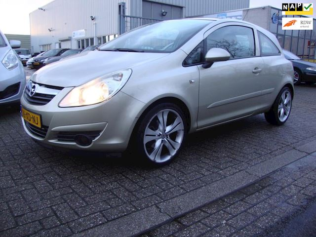 Opel Corsa 1.4-16V Enjoy Panoramadak, NAP, Dealerauto