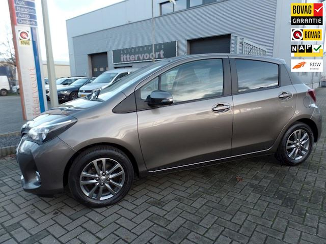 Toyota Yaris 1.3 VVT-i Business Plus