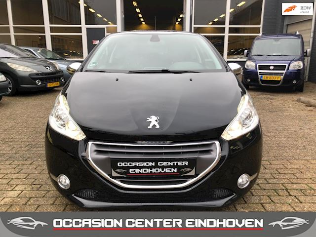 Peugeot 208 1.6 THP Allure 156PK/LEDER/PANO/LED/SPORT/VOL OPTIES