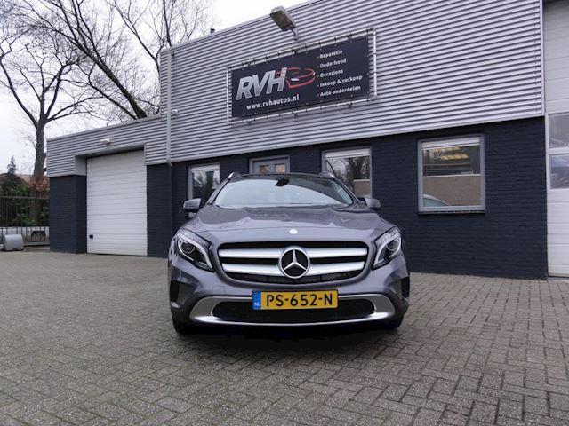 Mercedes-Benz GLA-klasse occasion - R.v.H. Auto's & Motoren