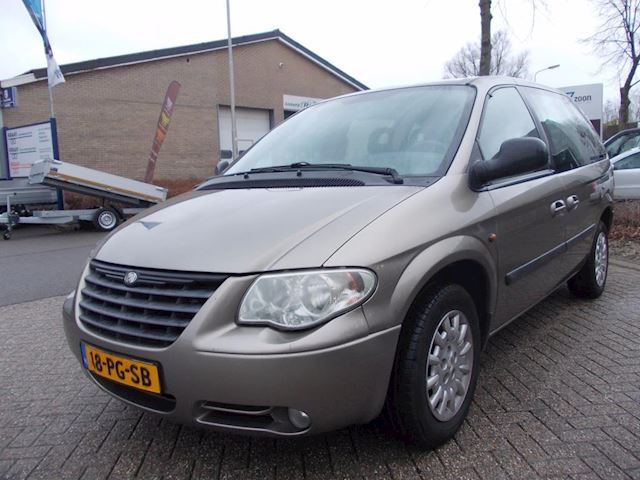 Chrysler Voyager 2.8 CRD SE Luxe 7-persoons