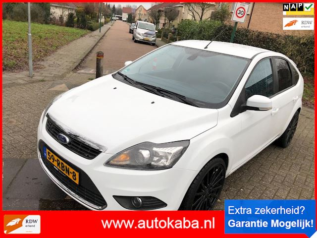 Ford Focus 1.8 Titanium Flexi Fuel Vol Opties , 19 Inch , Zeer weinig Kilometers