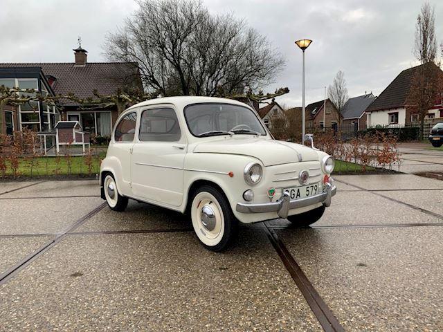 Fiat 600 Standard Suicide Doors!