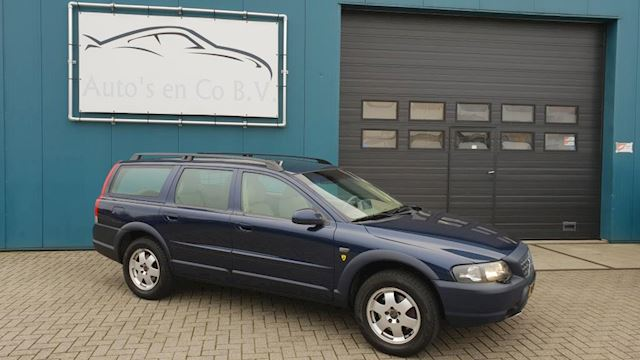 Volvo V70 Cross Country 2.4 T Geartronic YOUNGTIMER XC70 Automaat Leder Clima Crusie Navi Afn trekh NL Auto NAP