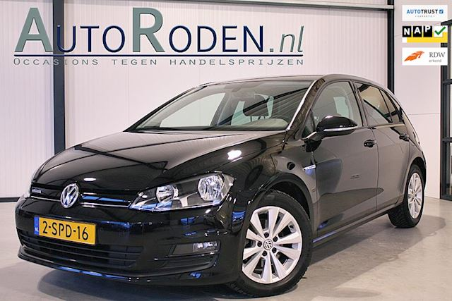 Volkswagen Golf 1.6 TDI Highline BlueMotion Executive Navi