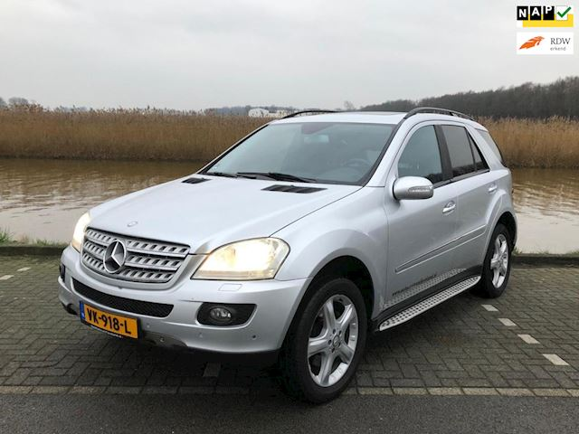 Mercedes-Benz ML 320 CDI grijs kenteken MARGE in superconditie
