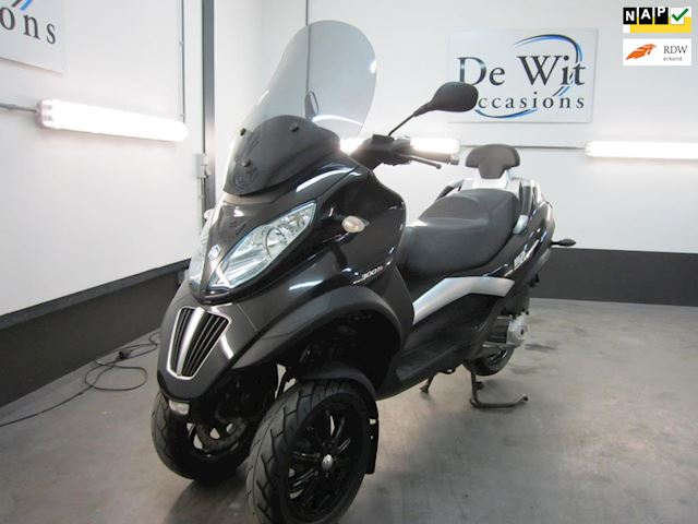 Piaggio Scooter 300 LT MP3