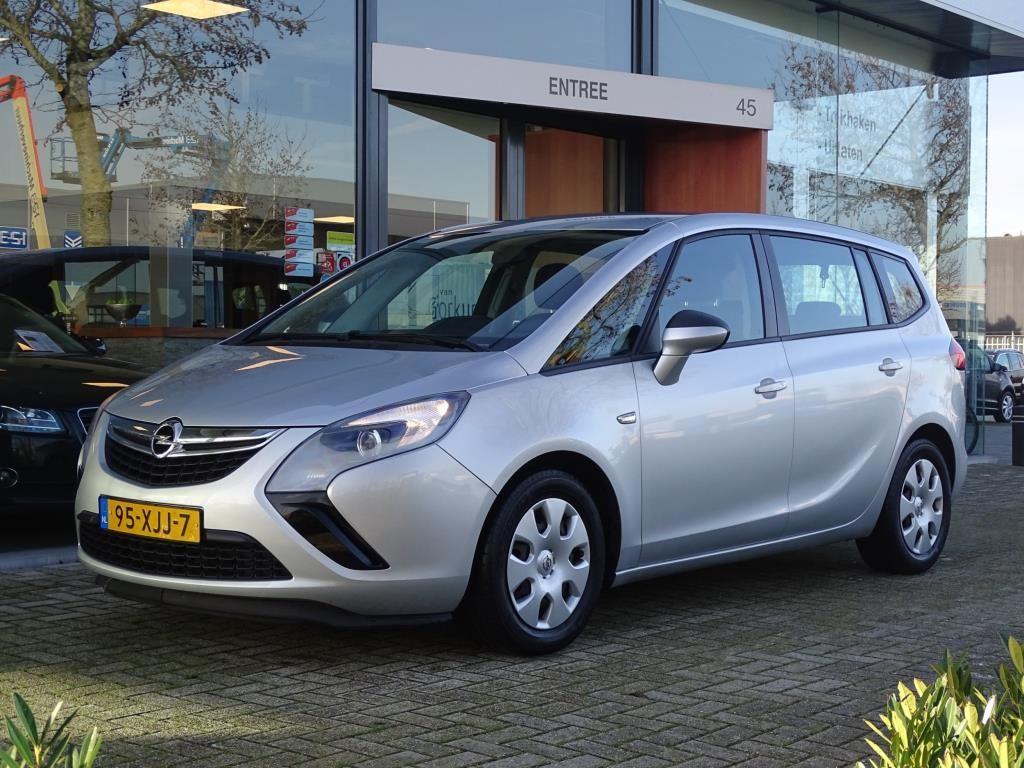 Opel Zafira Tourer occasion - Autobedrijf van Gorkum