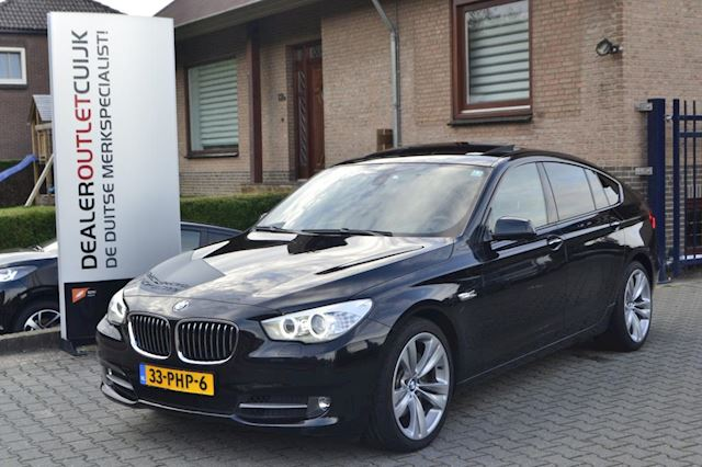 BMW 5-serie Gran Turismo 530d Executive , Navi, Stoelverwarming, Key-less go, Xenon, Pano, Head-up,