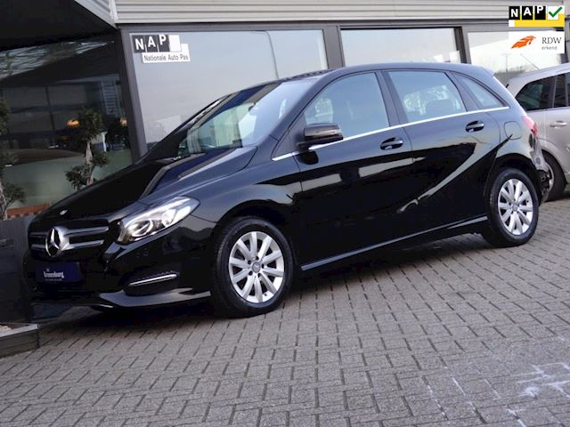 Mercedes-Benz B-klasse 180 AUTOMAAT NW-TYPE (NAVI PDC-V+A CLIMATE CRUISE 42.000KM!!)