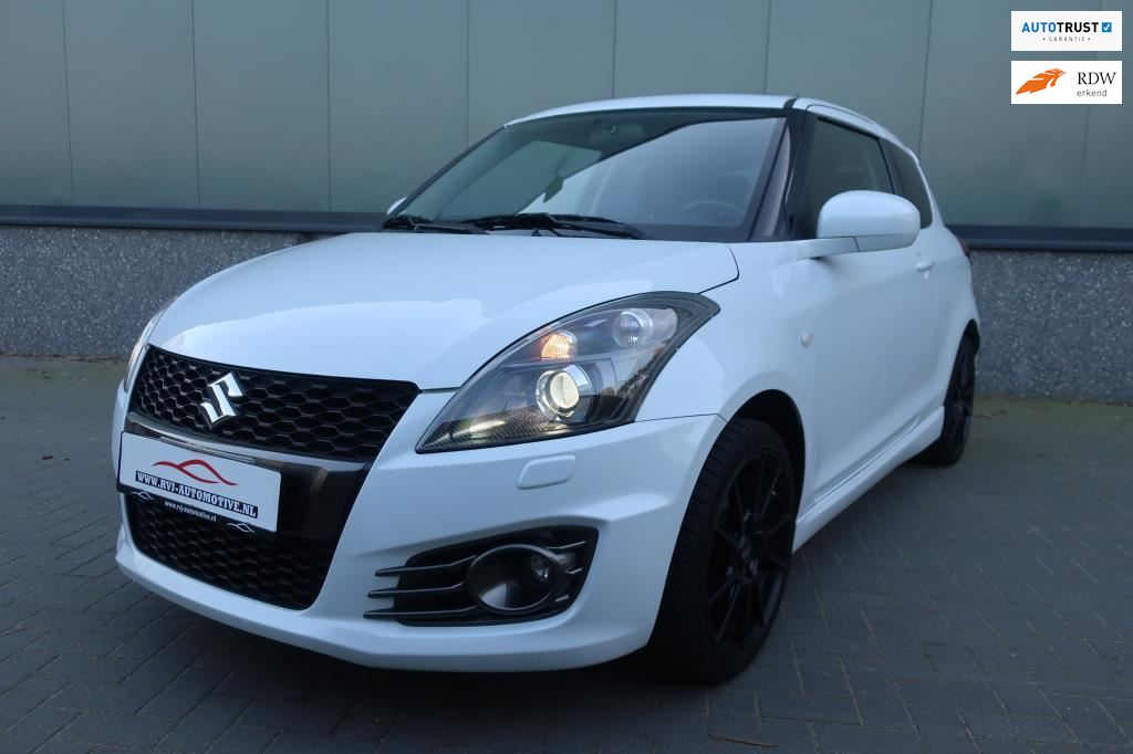 Suzuki Swift occasion - RVJ Automotive