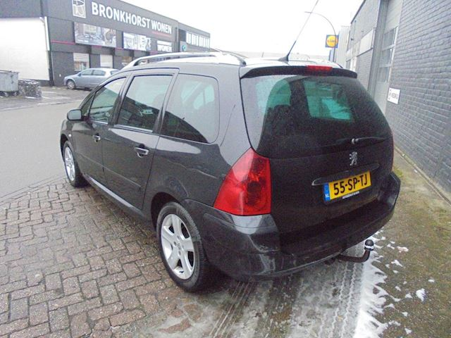 Peugeot 307 SW 2.0 16V Pack Automaat 7 persoons