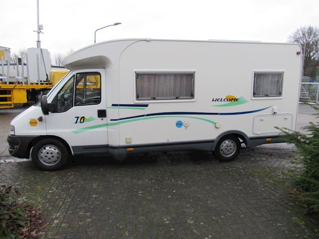Chausson 70 semi/integraal 2.8jtd vast bed bj 2003