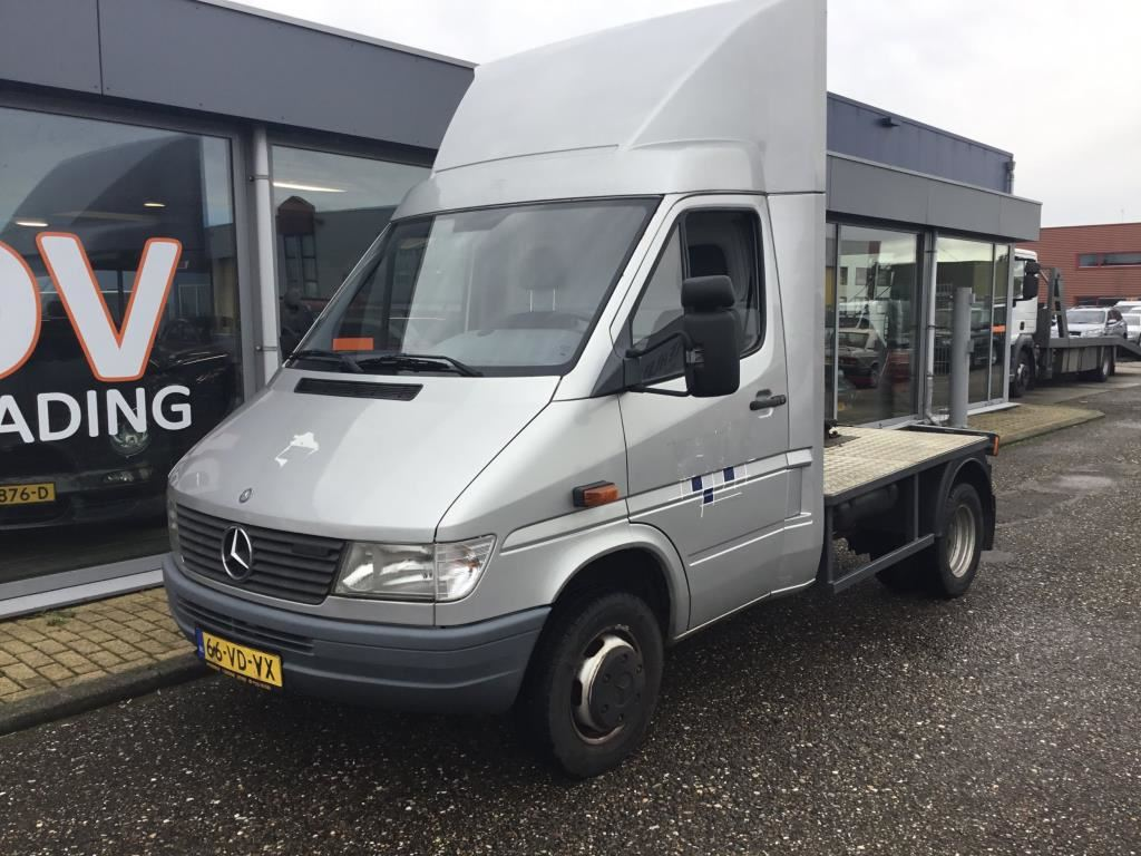 Mercedes-Benz 412 D occasion - DV Trading