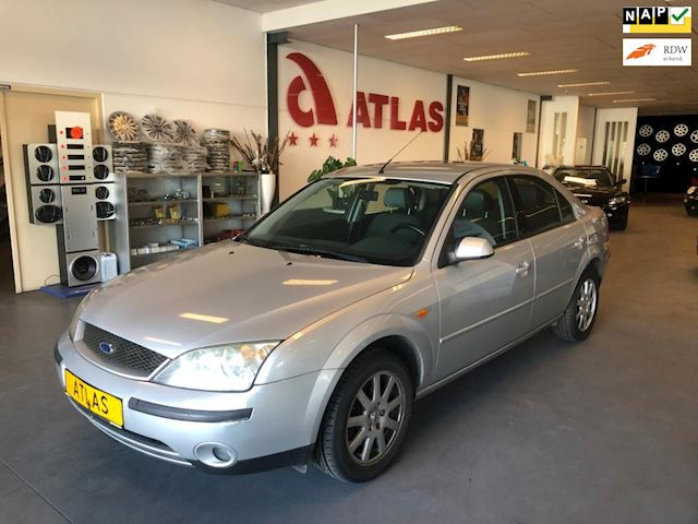 Ford Mondeo 1.8-16V First Edition