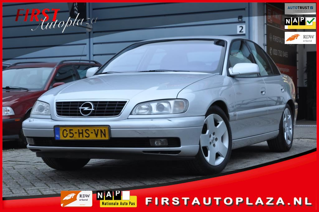Opel Omega occasion - FIRST Autoplaza B.V.