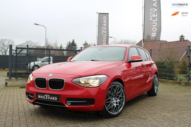 BMW 1-serie 116i Limited Edition Navi, PDC achter, Automaat, APK tot 05/2020