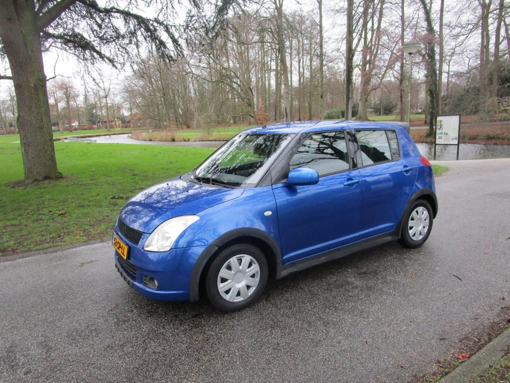 Suzuki Swift occasion - Auto Tewes
