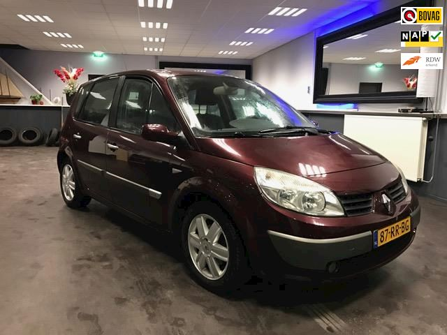 Renault Scénic 1.6-16V Expression Luxe
