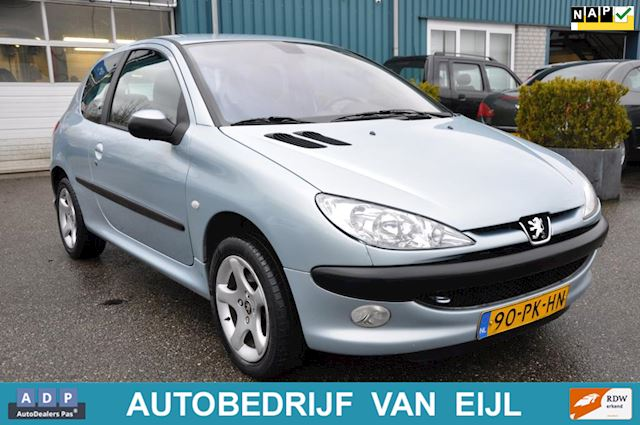 Peugeot 206 1.6-16V Gentry , CLIMA, NL-AUTO, N.A.P. !!