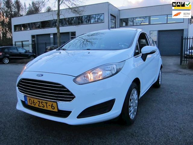 Ford Fiesta 1.6 TDCi Champion PDC VA FACELIFT MODEL 1e EIGENAAR