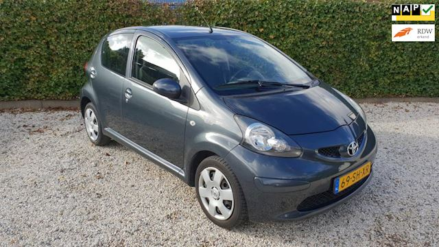 Toyota Aygo 1.0-12V + Automaat/Airco/5drs