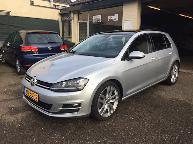 Volkswagen Golf 1.4 TSI ACT Highline sport