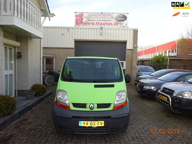 Renault Trafic 2.5 dCi L2 H1