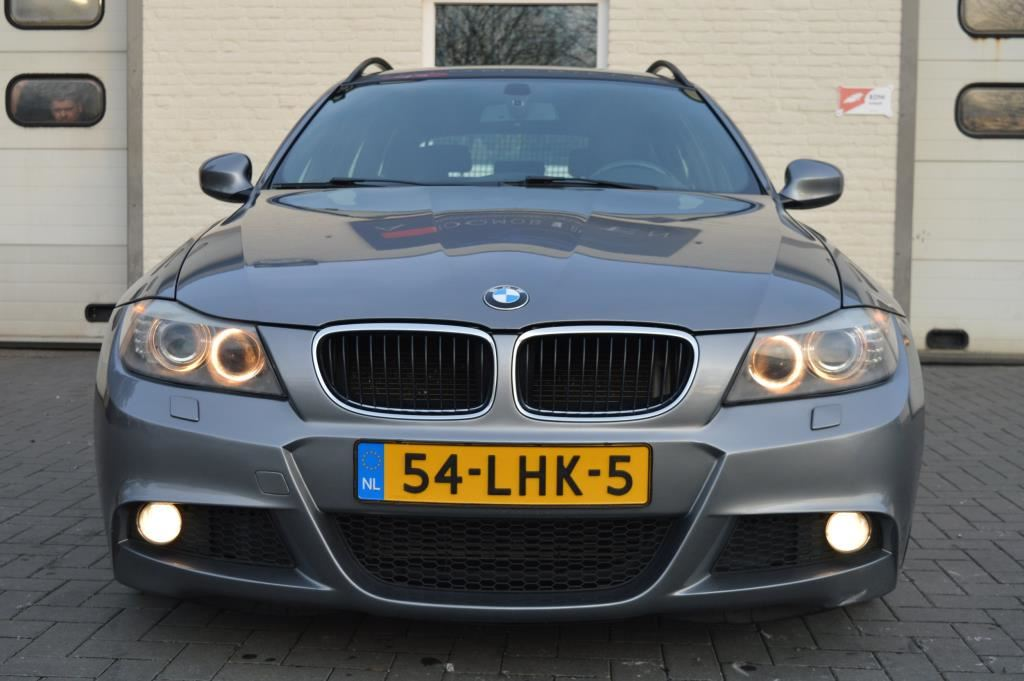 BMW 3-serie Touring 318d M Pakket Corporate Lease Bus. Line Sport