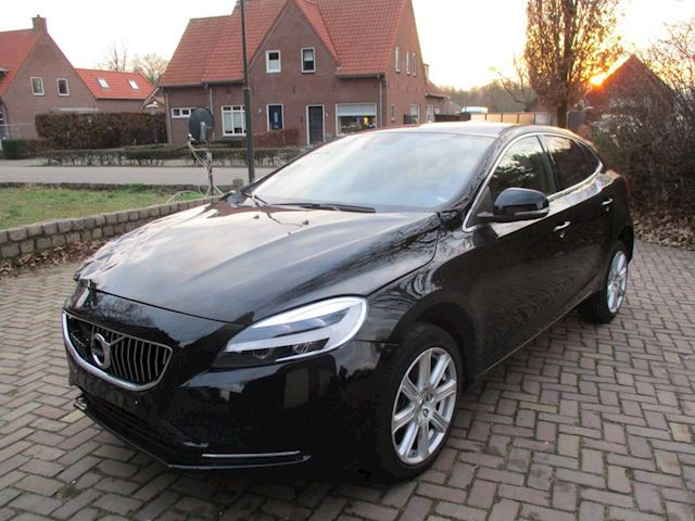 Volvo V40 1.5 T2 Inscription Xenon Leder Navi