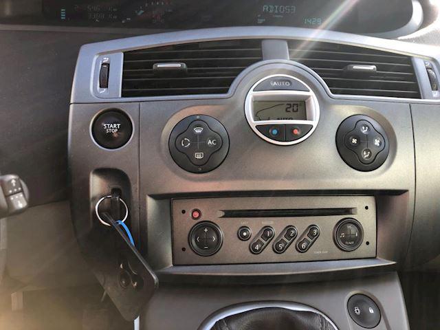 Renault Scénic 1.6-16V Privilège Luxe nieuwe apk 18-03-2020 clima elektrische ramen+spiegels lm-velgen cruise controle trekhaak.
