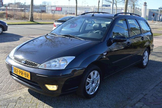 Ford Focus Wagon 1.6-16V Futura bj04 airco leer trekhaak