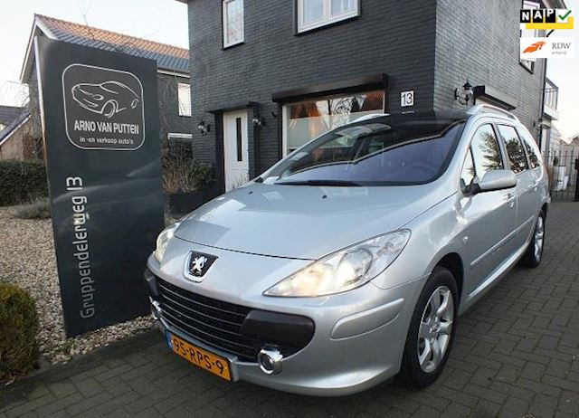 Peugeot 307 SW 2.0-16V Pack Automaat,Navigatie,Xenon,Panorama,7 Persoons