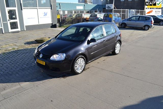 Volkswagen Golf 1.6 Trendline Business