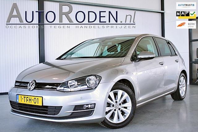 Volkswagen Golf 1.6 TDI Highline BlueMotion Executive