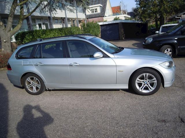 BMW 3-serie Touring 318d Corporate Lease Business Line