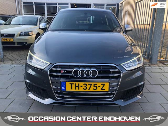 Audi A1 Sportback 2.0 TFSI S1 Quattro Pro Line Plus 230pk/leder/led/xenon/bom vol opties