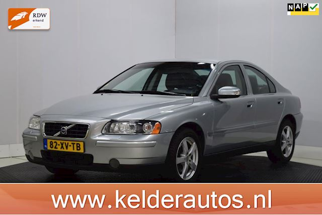 Volvo S60 2.4 Drivers Edition Xenon, Leer, Clima, PDC, etc