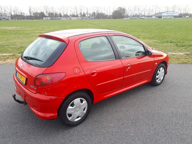 Peugeot 206 1.4 HDi Forever