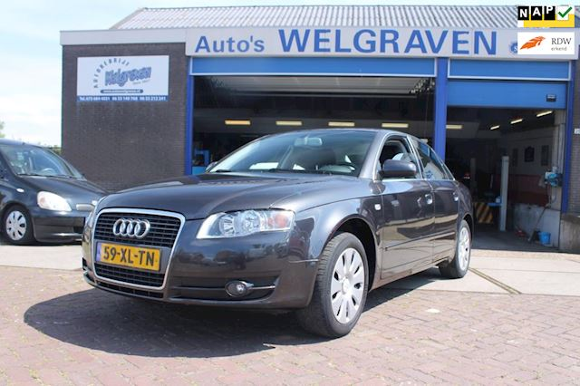 Audi A4 2.0 Advance ecc cruise navi