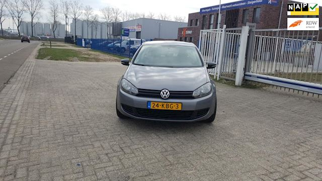 Volkswagen Golf 1.6 TDI Trendline BlueMotion