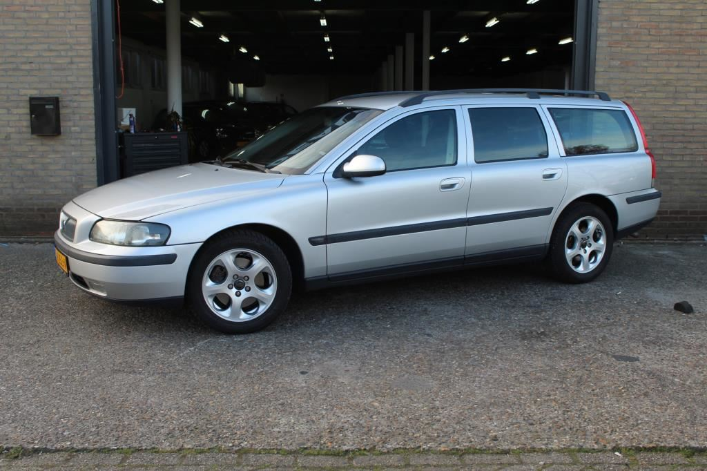 Volvo V70 occasion - Cathy Dealer Occasions