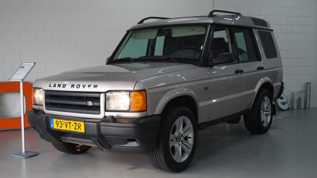 Land Rover Discovery occasion - Rosa Automotive