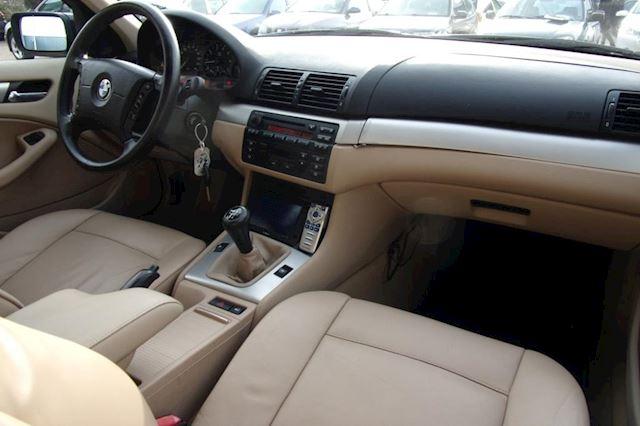 BMW 3-serie Touring 316i Edition NWE APK & NAP