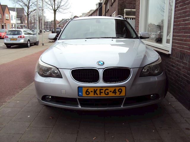 BMW 5-serie Touring 525d Business Executive Automaat Airco Leder