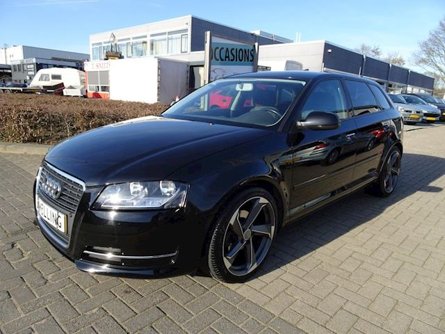 Audi A3 Sportback 1.2 TFSI Attraction Pro Line Business navi / stoelverwarming / 18 inch
