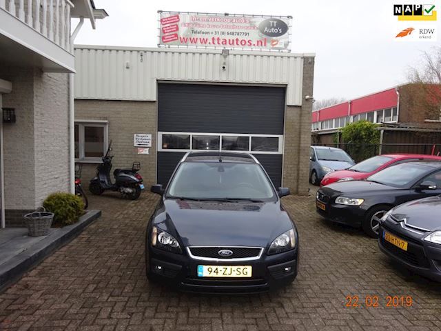 Ford Focus Wagon 1.6-16V Futura