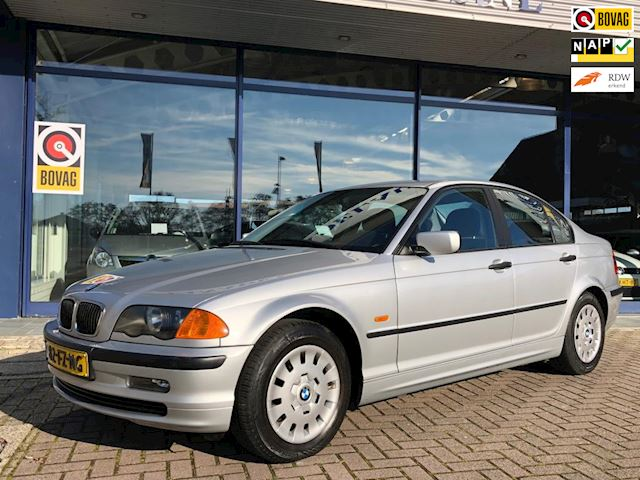BMW 3-serie 318i Executive Clima Cruise NL-Auto NAP Nette staat!